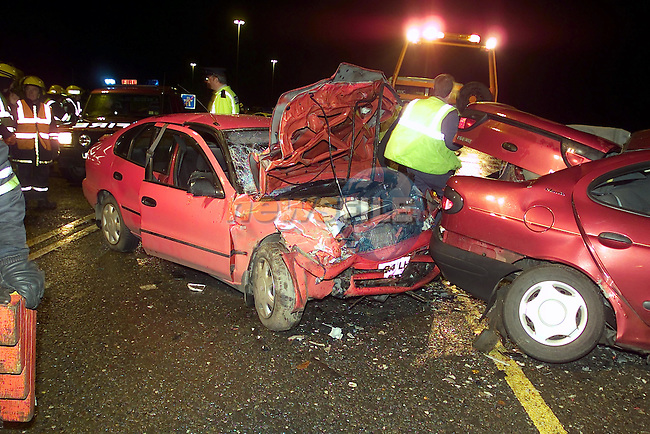 the scene of the fatal accident north of Drogheda on the N1. where two northern femals were killed when the car Renault megan they were travelling in was involved in a head on colission with a toyota carola carring two firemen from Dundalk..Picture Fran Caffrey Newsfile...This Picture is sent to you by:..Newsfile Ltd.The View, Millmount Abbey, Drogheda, Co Louth, Ireland..Tel: +353419871240.Fax: +353419871260.GSM: +353862500958.ISDN: +353419871010.email: pictures@newsfile.ie.www.newsfile.ie