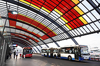 Nederland Amsterdam 2019. Het busstation achter Centraal Station.  Foto Berlinda van Dam / Hollandse Hoogte