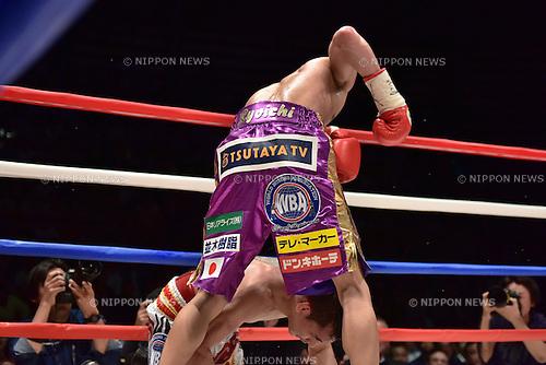 (T-B) Ryoichi Taguchi (JPN), Kwanthai Sithmorseng (THA),<br /> MAY 6, 2015 - Boxing :<br /> Ryoichi Taguchi of Japan knocks down Kwanthai Sithmorseng of Thailand in the eighth round during the WBA light flyweight title bout at Ota-City General Gymnasium in Tokyo, Japan. (Photo by Hiroaki Yamaguchi/AFLO)