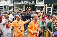 Nederland Rotterdam 2016. Hare Krishna . Ratham Yatra optocht door de binnenstad van Rotterdam. Hare Krishna is een beweging binnen het Hindoeisme. Foto Berlinda van Dam / Hollandse Hoogte