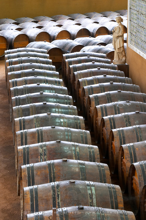Oak barrel aging and fermentation cellar. Bacalhoa Vinhos, Azeitao, Portugal