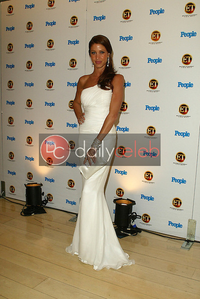 Shannon Elizabeth<br />