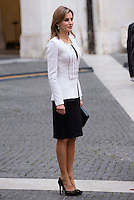 La Regina Letizia di Spagna a Palazzo Chigi, Roma, 19 novembre 2014.<br /> Spain's Queen Letizia portrayed at Chigi Palace, Rome, 19 <br /> UPDATE IMAGES PRESS/Riccardo De Luca