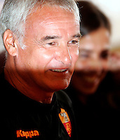"Calcio: il nuovo allenatore della Roma Claudio Ranieri e, sullo sfondo, il presidente Rosella Sensi durante la conferenza stampa di presentazione al centro sportivo ""Fulvio Bernardini"" di Trigoria, Roma, 2 settembre 2009..AS Roma football team's new coach Claudio Ranieri during the press conference for his presentation at the club's sporting center on the outskirts of Rome, 2 september 2009. On background, club's president Rosella Sensi..UPDATE IMAGES PRESS/Riccardo De Luca"