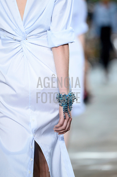 Paris, Franca&sbquo; 27/09/2013 - Desfile de Dior durante a Semana de moda de Paris  -  Verao 2014. <br /> Foto: FOTOSITE