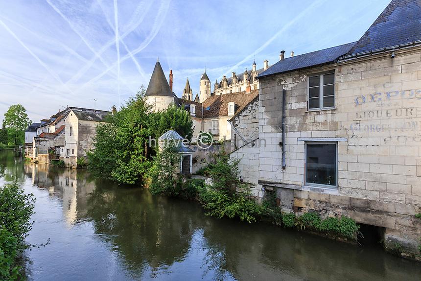 France, Indre-et-Loire (37), Loches, maisons au bord de l'Indrois // France, Indre et Loire, Loches, houses waterside Indrois river
