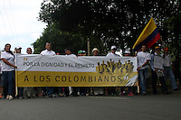 CUCUTA - COLOMBIA - 06 - 09 -2015: Cientos de ciudadanos colombianos marcharon en respaldo a los deportados por el gobierno venezolano, y exigieron el respeto por los derechos humanos de las familias deportadas. / Hundreds of Colombians marched in support of the deportees by the Venezuelan government, and demanded respect for the human rights of deported families. Photo: VizzorImage / Manuel Hernandez / Cont.
