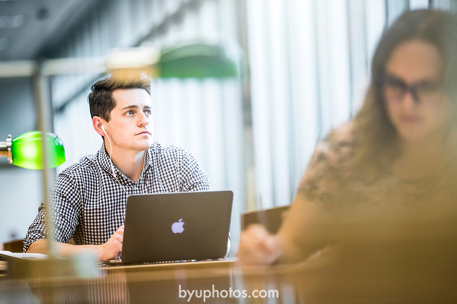 1707-81 0072<br /> <br /> 1707-81 Student Lifestyle<br /> <br /> July 28, 2017<br /> <br /> Photography by Nate Edwards/BYU<br /> <br /> © BYU PHOTO 2017<br /> All Rights Reserved<br /> photo@byu.edu  (801)422-7322