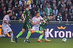 15.04.2018, Weser Stadion, Bremen, GER, 1.FBL, Werder Bremen vs RB Leibzig, im Bild<br /> <br /> Stefan Ilsanker (RB Leipzig #13)<br /> Milot Rashica (Werder Bremen #11)<br /> Niklas Moisander (Werder Bremen #18)<br /> <br /> Foto &copy; nordphoto / Kokenge