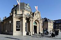 Pavillon mit Restaurant im Hauptbahnhof Stadt Luxemburg, Luxemburg