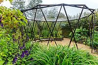 """France, Domaine de Chaumont-sur-Loire, Festival International des Jardins 2018 sur le thème """"Jardins de la pensée"""", jardin """"attrape-rêves"""""""