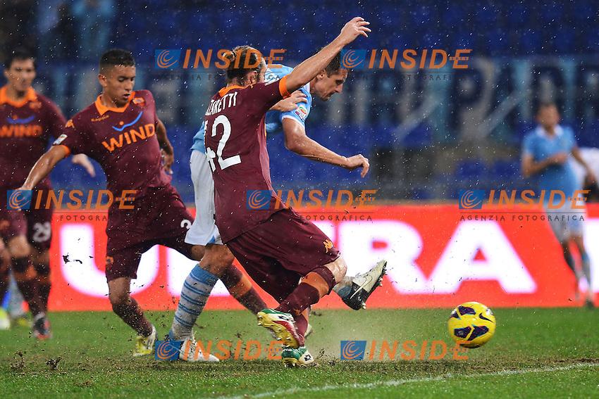 Gol Miroslav Klose Lazio.Goal celebration.Roma 11/11/2012 Stadio Olimpico.Football Calcio 2012/2013 Serie A .Lazio Vs Roma.Foto Andrea Staccioli Insidefoto