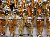 Ginseng-Verkauf auf dem Namdaemun Markt, Seoul, S&uuml;dkorea, Asien<br /> Sale of Ginseng at Namdaemun market, Seoul, South Korea, Asia