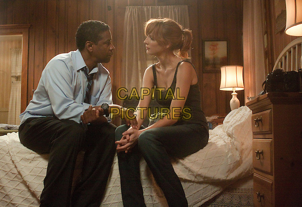 Denzel Washington & Kelly Reilly.in Flight (2012) .*Filmstill - Editorial Use Only*.CAP/FB.Supplied by Capital Pictures.