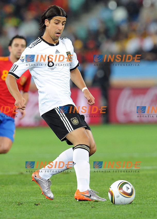 Sami Khedira (Germania)<br /> Germania Spagna 0-1 - Germany vs Spain 0-1<br /> Semifinale - Semifinal<br /> Campionati del Mondo di Calcio Sudafrica 2010 - World Cup South Africa 2010<br /> Moses Mabhida Stadium, Durban 07/07/2010<br /> &copy; Giorgio Perottino / Insidefoto