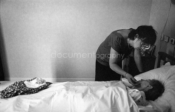 """The best thing was for her to die in her sleep. I wouldn't want to see her with tubes and unconscious "" says my mother...© Magali Corouge/Documentography.2004-2006.France"