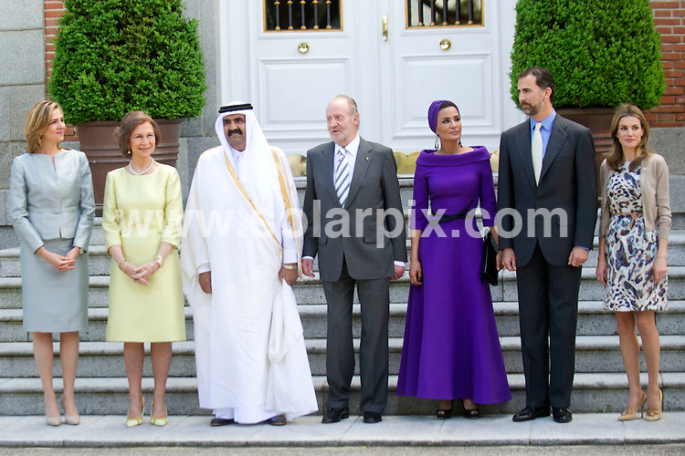**ALL ROUND PICTURES FROM SOLARPIX.COM**                                             **WORLDWIDE SYNDICATION RIGHTS EXCEPT SPAIN - NO SYNDICATION IN SPAIN**                                                                                  Caption: The Spanish royal family - King Juan Carlos, Queen Sofia, Prince Felipe, Princess Letizia and Princess Cristina - have lunch with the Emir of Qatar Sheikh Hamad bin Khalifa Al Thani, and one of his 4 wives - Jaquesa Mozah Bint Nassar. Zarzuela Palace, Madrid, Spain. 25 April 2011.                                                                              This pic:  King Juan Carlos, Queen Sofia, Prince Felipe, Princess Letizia, Princess Cristina, Emir of Qatar Sheikh Hamad bin Khalifa Al Thani, Jaquesa Mozah Bint Nassar                                                                                       JOB REF: 13192 DMS       DATE: 25_04_2011                                                            **MUST CREDIT SOLARPIX.COM OR DOUBLE FEE WILL BE CHARGED**                                                                      **MUST AGREE FEE BEFORE ONLINE USAGE**                               **CALL US ON: +34 952 811 768 or LOW RATE FROM UK 0844 617 7637**