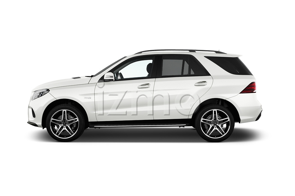 Car Driver side profile view of a 2018 Mercedes Benz GLE AMG-43 5 Door SUV Side View