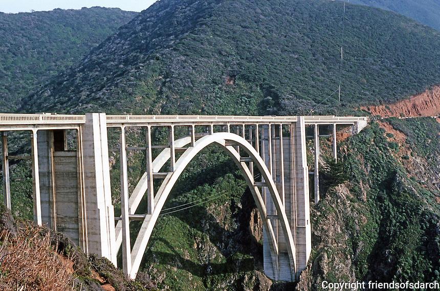 Big Sur CA:  Big Sur  Bridge.   Photo '86.