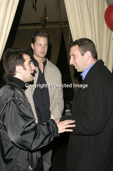 Scott Hansen (back) &amp; Dave Kerpen On right side<br />