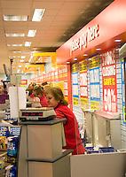 Closing down Sales Woolworths Castle Quay Shopping centre Banbury Oxfordshire UK..©shoutpictures.com..john@shoutpictures.com