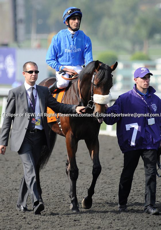 09 November 07: Vale of York (no. 7), ridden by Ahmed Ajtebi and trained by Saeed bin Suroor, wins the Breeders' Cup Juvenile at Santa Anita Park in Arcadia, California.