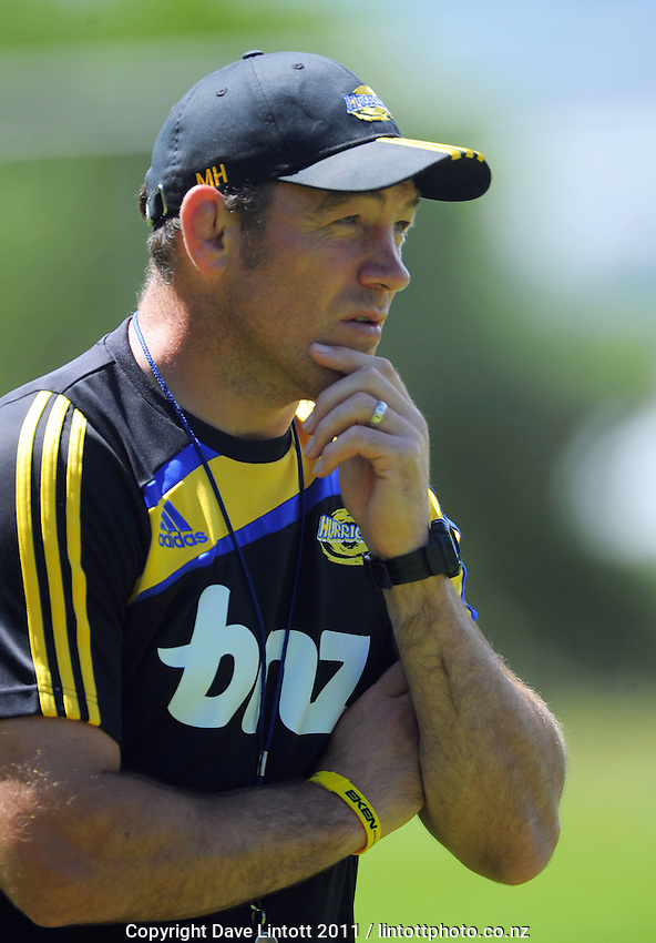 Hurricanes coach Mark Hammett. Super 15 rugby union Hurricanes training at Rugby League Park, Wellington, New Zealand on Thursday 27 January 2011. Photo: Dave Lintott / lintottphoto.co.nz