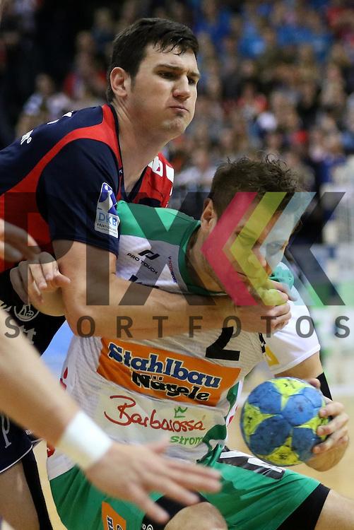 Flensburg, 25.03.15, Sport, Handball, DKB Handball Bundesliga, Saison 2014/2015, 26. Spieltag, SG Flensburg-Handewitt - Frisch Auf! G&ouml;ppingen : Dra&scaron;ko Nenadic (SG Flensburg-Handewitt, #5), Michael Kraus (Frisch Auf! G&ouml;ppingen, #2)<br /> <br /> Foto &copy; P-I-X.org *** Foto ist honorarpflichtig! *** Auf Anfrage in hoeherer Qualitaet/Aufloesung. Belegexemplar erbeten. Veroeffentlichung ausschliesslich fuer journalistisch-publizistische Zwecke. For editorial use only.