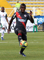 BOGOTA-COLOMBIA-03 -11-2013 : Jossymar Gomez jugador   del Atletico  Junior en accion  contra  La Equidad Seguros , durante partido por la fecha 17 de la Liga Postobon II-2013 ,jugado en el estadio Metroplitano de Techo de la ciudad de Bogota./  Jossymar Gomez player  of Atletico Junior in action  against La Equidad Seguros , during match 17 date Postobon League II-2013, played at the Metropolitano Techo  Stadium Bogota City.Pohoito:VizzorImage / Felipe Caicedo / Staff