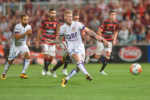 26.02.2016. Pirtek Stadium, Parramatta, Australia. Hyundai A-League. Western Sydney Wanderers versus Perth Glory. Perth forward Andy Keogh scores the penalty. The Wanderers won 2-1.