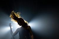 SÃO PAULO, SP, 26.10.2019 - SHOW-SP - A banda holandesa Epica durante show na noite deste sabado, 26, no Tropical Butantã, na zona oeste de São Paulo. (Foto: Levi Bianco\Brazil Photo Press)