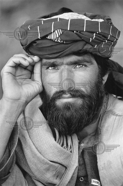 © Martin Adler / Panos Pictures..AFGHANISTAN..Taliban fighter.