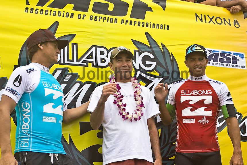 CHRIS WARD (USA), GERRY LOPEZ (USA) and nine times world surfing champion KELLY SLATER (USA).       .Banzai Pipeline, Hawaii (Friday, December 12 2008)  Nine times world professional surfing champion KELLY SLATER (USA)  today won the Billabong Pipeline Masters, for a record breaking sixth time. The event was the last event on the 2008  ASP World Championship Tour and had a US$320.000 total prize purse. Slater defeated CHRIS WARD (USA) in the 40 minute final. Slater's win was his sixth for the year. The Pipeline Masters had a waiting period from December 8-20 2008.  Photo: joliphotos.com