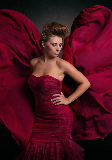 model: Kendra Scott&lt;br&gt;<br /> hair and makeup: Cynthia Rhodes