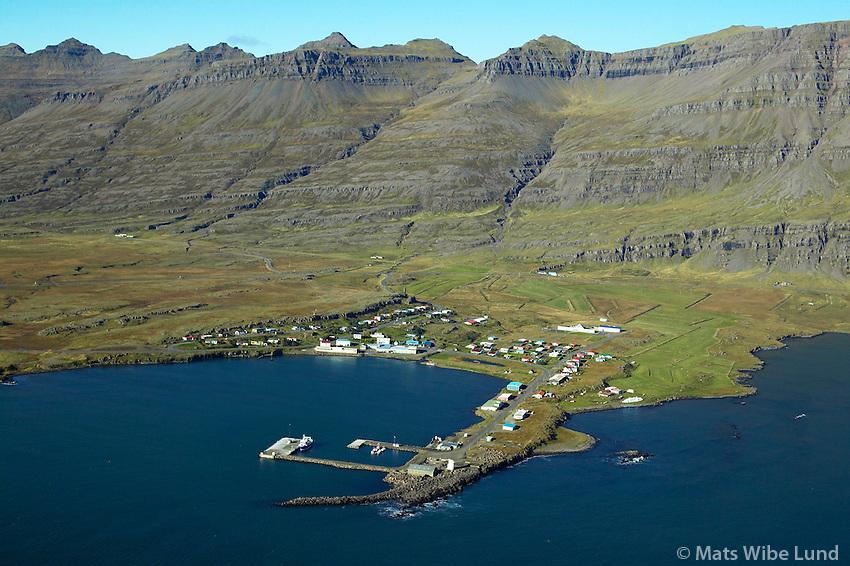Breiðdalsvík, Breiðdalshreppur /..Breiddalsvik, Breiddalshreppur.