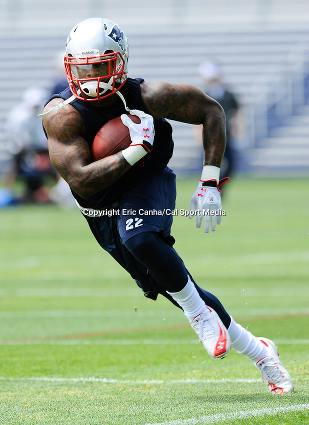 MAY 24 2012 New England Patriots running back Stevan Ridley #22 takes off up field after making a catch. Ridley took part in the Patriots OTA's Thursday on the team's practice fields outside of Gillette Stadium...