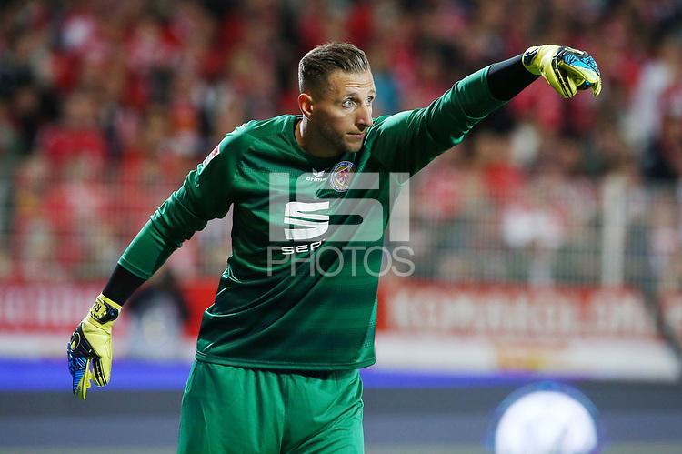 goalkeeper Jasmin Fejzic /   / portrait portrait     <br /> / Sport / Football Football / zweite 2.Bundesliga  DFL /  2017/2018 / 15.09.2017 / 1.FC Union Berlin FCU vs. BTSV Eintracht Braunschweig 170915048 /      <br />     *** Local Caption *** &copy; pixathlon<br /> Contact: +49-40-22 63 02 60 , info@pixathlon.de