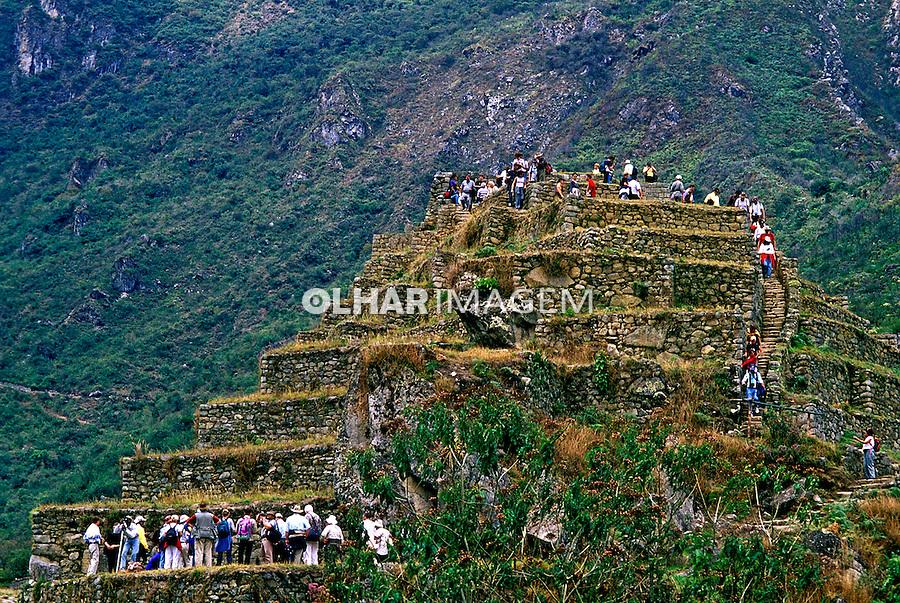 Ruínas de Machu-Pichu, no Perú.<br /> Foto de Renata Mello.<br /> Data: 2000