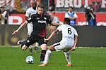14.04.2018, BayArena, Leverkusen , GER, 1.FBL., Bayer 04 Leverkusen vs. Eintracht Frankfurt<br /> im Bild / picture shows: <br /> Lars Bender (Leverkusen #8), <br /> Jonathan De Guzman (Frankfurt #6),  <br /> <br /> <br /> Foto &copy; nordphoto / Meuter