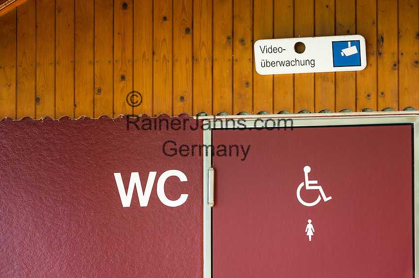 toilet - under video surveillance | WC - Video ueberwacht
