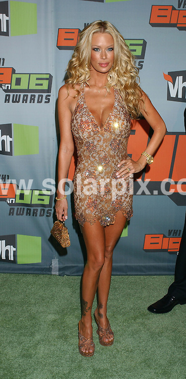 **ALL ROUND PICTURES FROM SOLARPIX.COM**.**WORLDWIDE SYNDICATION RIGHTS** .Porn star Jenna Jameson arrives at the VH1 Big in 2006 Awards in Culver City, California. at Sony Studios on Dec 2, 2006.  .REF: 3131 GLS.**MUST CREDIT SOLARPIX.COM OR DOUBLE FEE WILL BE CHARGED**