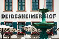 Deutschland, Rheinland-Pfalz, Deidesheim: Hotel Deidesheimer Hof mit Restaurant Schwarzer Hahn am Marktplatz - Fassade | Germany, Rhineland-Palatinate, Deidesheim: Facade of Hotel Deidesheimer Hof with Restaurant Schwarzer Hahn at Markt Square