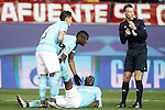PSV Eindhoven's Jetro Willems (d) injured in presence of Hector Moreno (l) and Nicolas Isimat-Mirin and the referee Mark Clattenburg (r) during UEFA Champions League match. March 15,2016. (ALTERPHOTOS/Acero)