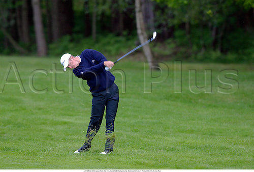 JUSTIN ROSE (ENG) plays from the 12th, Volvo PGA Championship, Wentworth, 020523. Photo:Glyn Kirk/Action Plus...2002.golf golfers golfer.ball sports