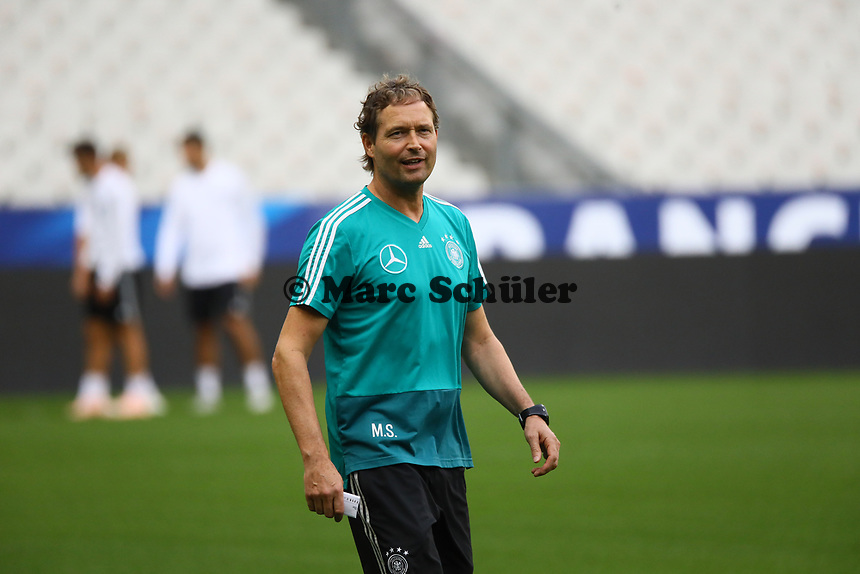 Assistenztrainer Marcus Sorg (Deutschland Germany)- 15.10.2018: Abschlustraining Deutschland vor dem Spiel Frankreich vs. Deutschland, 4. Spieltag UEFA Nations League, Stade de France, DISCLAIMER: DFB regulations prohibit any use of photographs as image sequences and/or quasi-video.