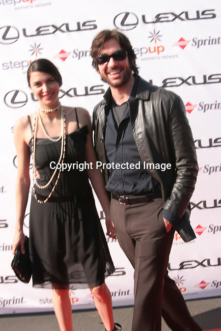 Dylan McDermott &amp; Shiva Rose<br />
