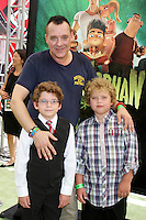 "LOS ANGELES - AUG 5:  Tom Sizemore, sons Jayden and Jagger arrives at the ""ParaNorman"" Premiere at Universal CityWalk on August 5, 2012 in Universal City, CA © mpi27/MediaPunch Inc"