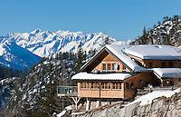 Austria, East-Tyrol, Lienz: mountain inn Lienz Dolomites hut (1.616 m) at Lienz Dolomites, background Hohe Tauern mountains | Oesterreich, Ost-Tirol, Lienz: Lienzer Dolomitenhuette (1.616 m) in den Lienzer Dolomiten vor den Hohen Tauern