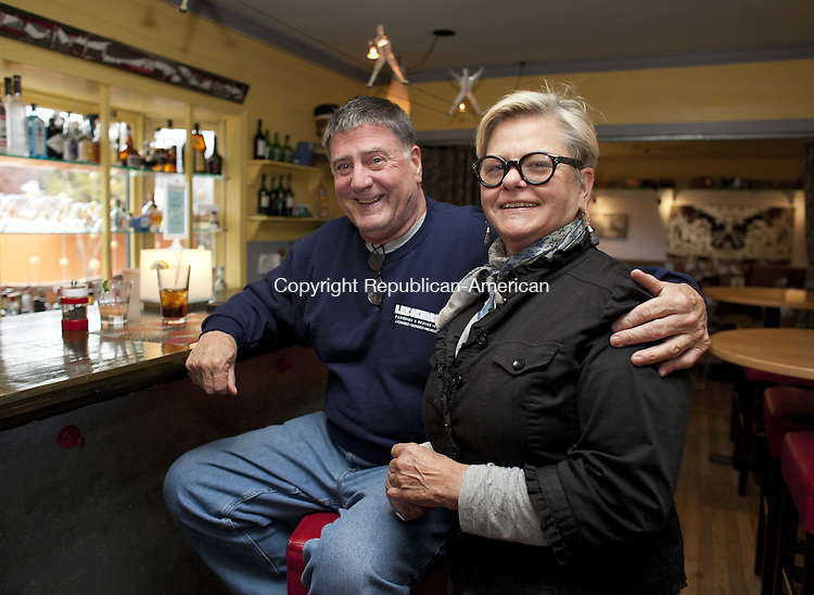 WOODBURY, CT-7 November 2013-110713BF09- Chef Carol Peck visits with longtime customer Lee Seward of Woodbury inside Carol Peck's Good News Cafe Thursday in Woodbury. The restaurant is celebrating it's 20th Anniversary. It opened in Woodbury in 1992.   Bob Falcetti Republican-American