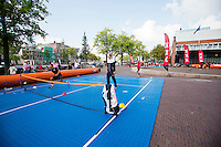 September 11, 2014, Netherlands, Amsterdam, Ziggo Dome, Davis Cup Netherlands-Croatia, Draw, Street tennis with Thiemo de Bakker (NED)<br /> Photo: Tennisimages/Henk Koster